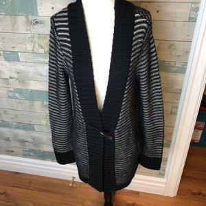 Carve designs wool blend sweater fits S/M